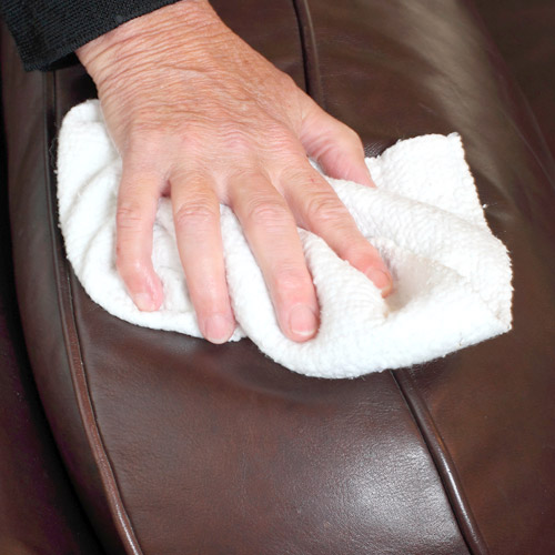 Upholstery cleaning by Royal Nettoyage